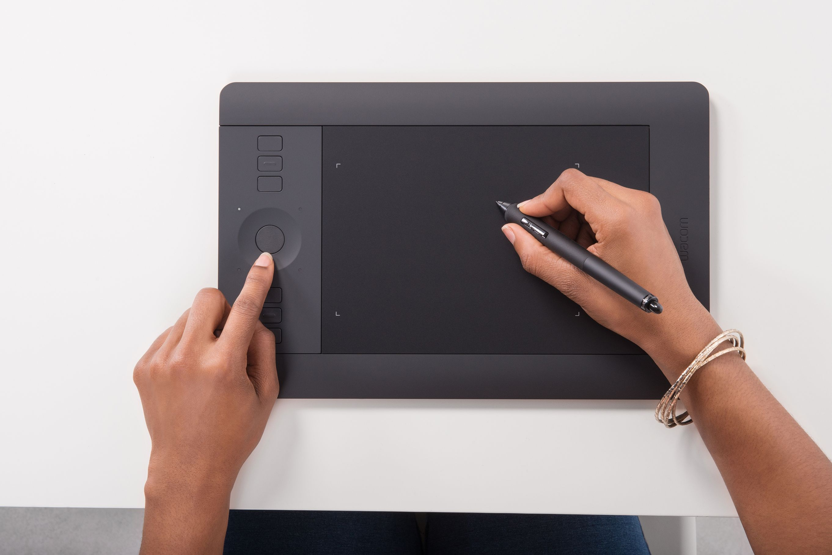 Wacom PTH451 Intuos Pro Pen and Touch Tablet, Small