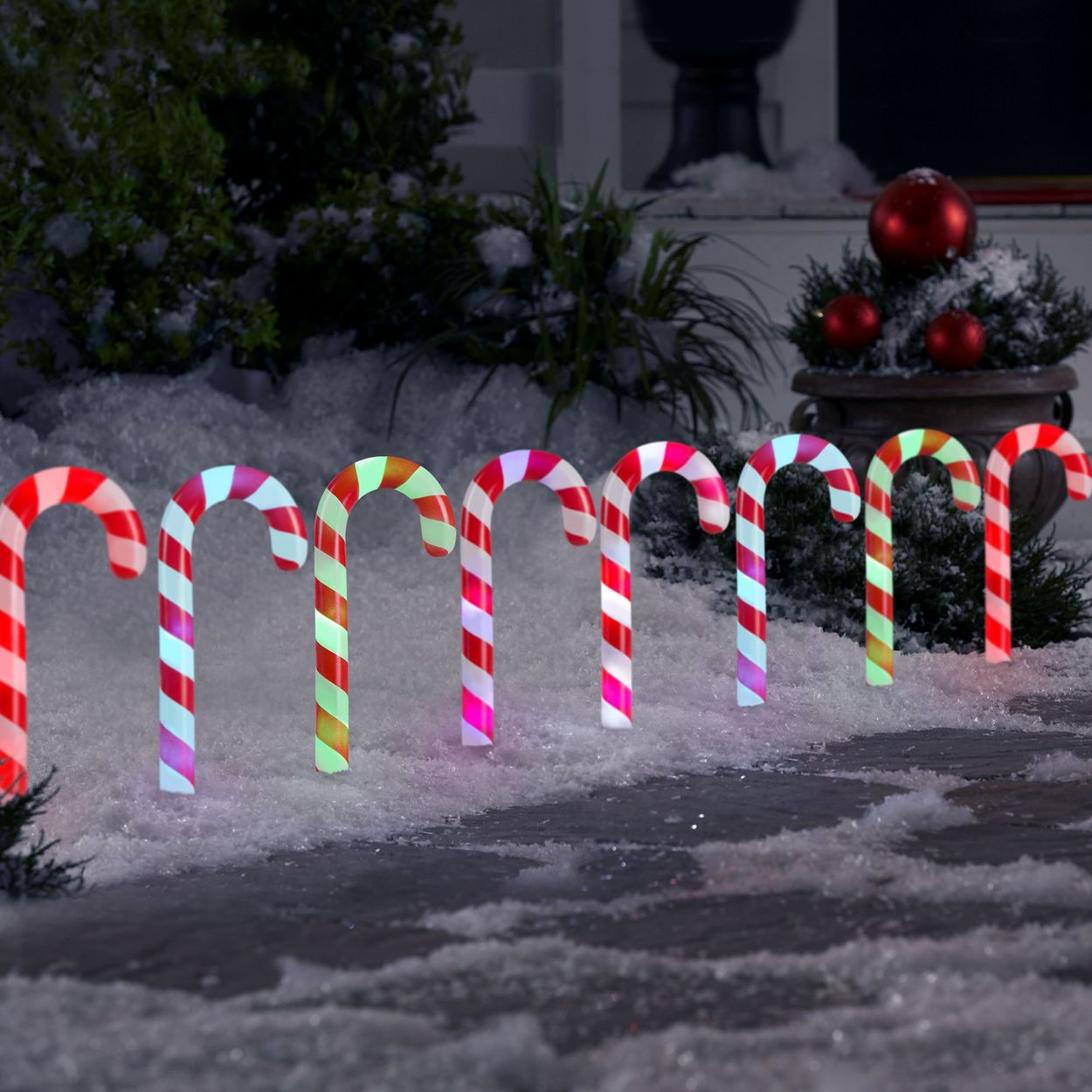 Gemmy Orchestra of Lights 8 Marker Color Changing Candy Cane Christmas Pathway Markers