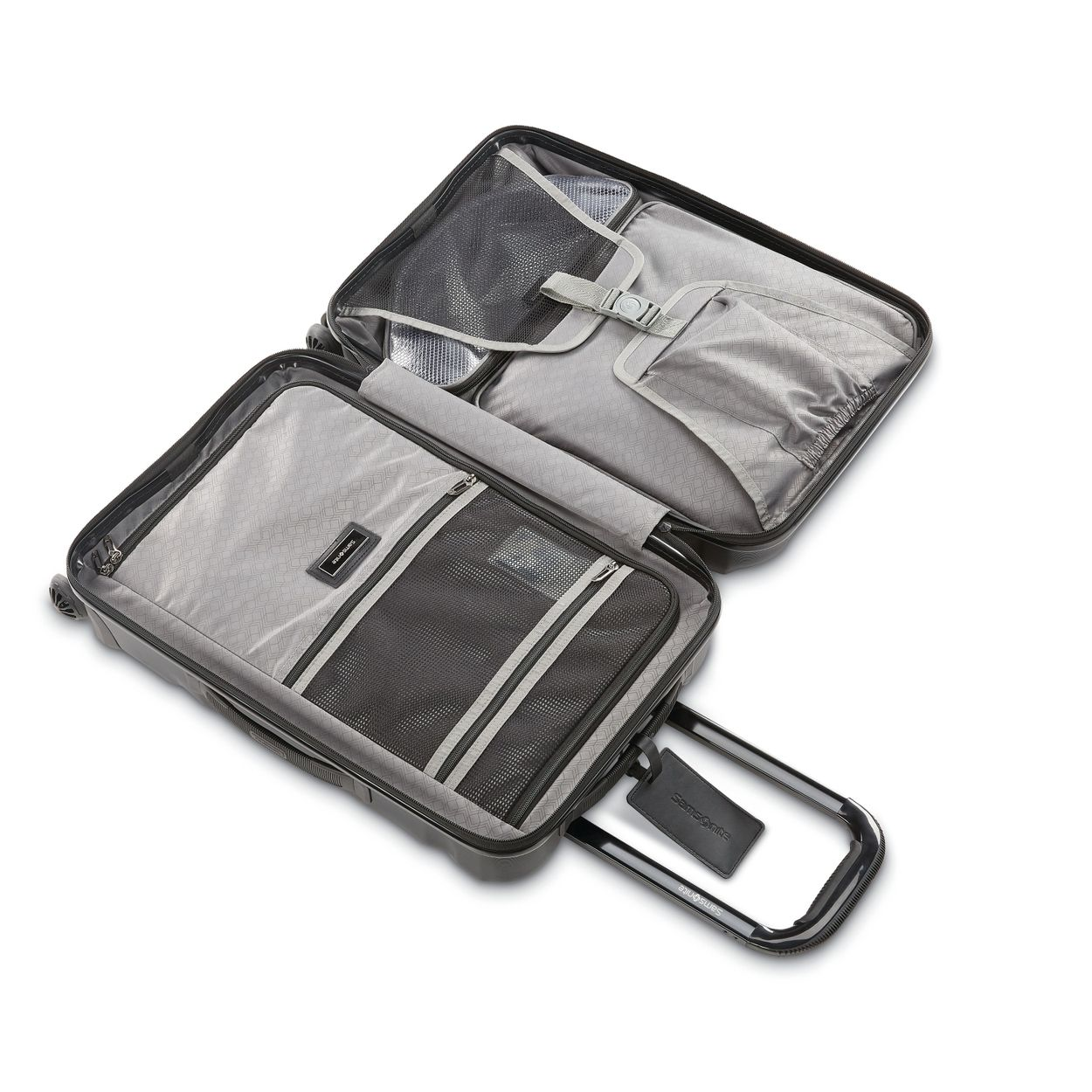 Xcalibur XLT comes complete with a large packing cube and a mesh packing cube to make organization effortless.