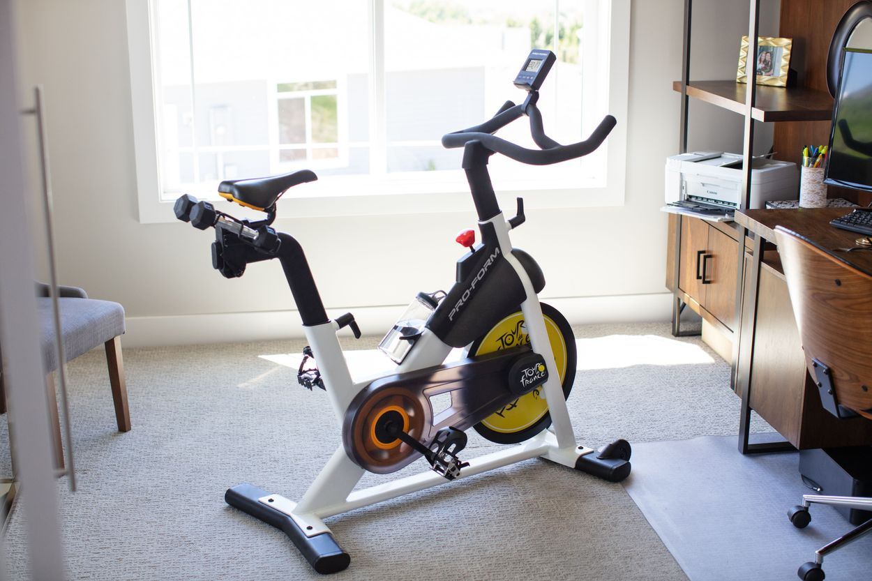 Proform Tour De France Clc Indoor Exercise Bike With 1 Year Ifit Membership Assembly Required