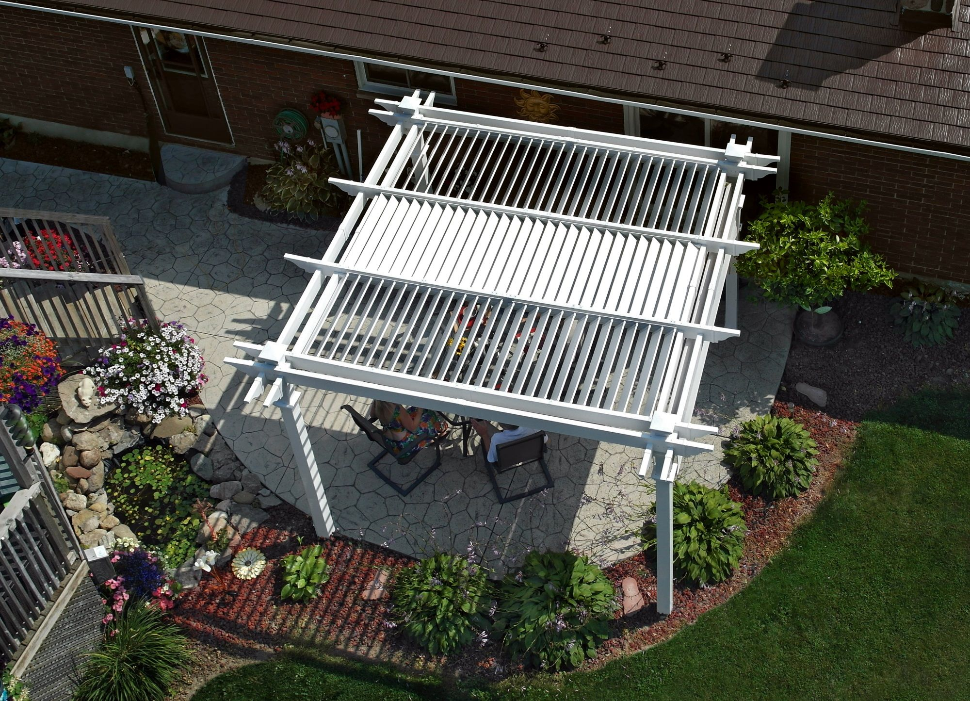 Beau ... Sun As You Choose Your Pergola Will Be As Comfortable As It Is  Beautiful  And You Donu0027t Have To Worry About The Maintenance Of A  Traditional Structure.