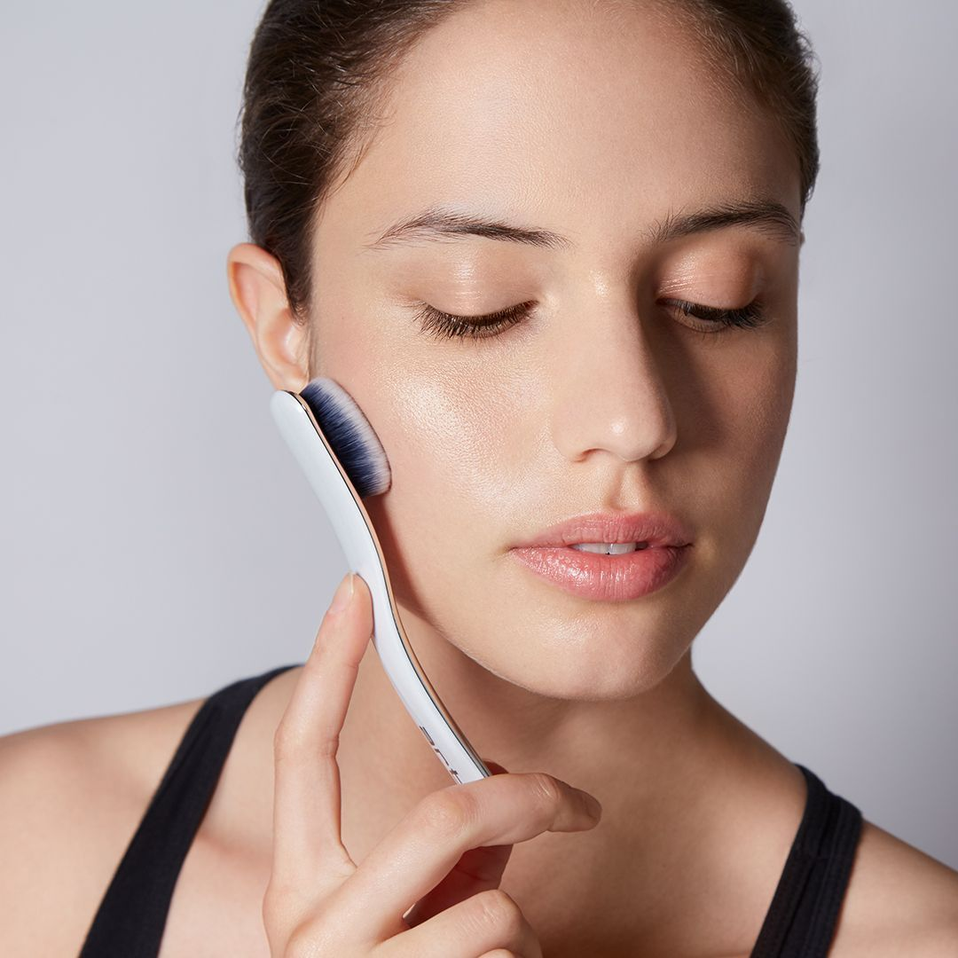 Oval 6 Being used by woman
